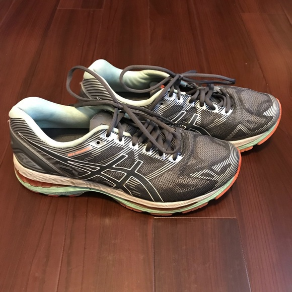 official photos 1cf7a f5cf4 Asics Gel Nimbus 19 Running Shoes T751N Size 9.5